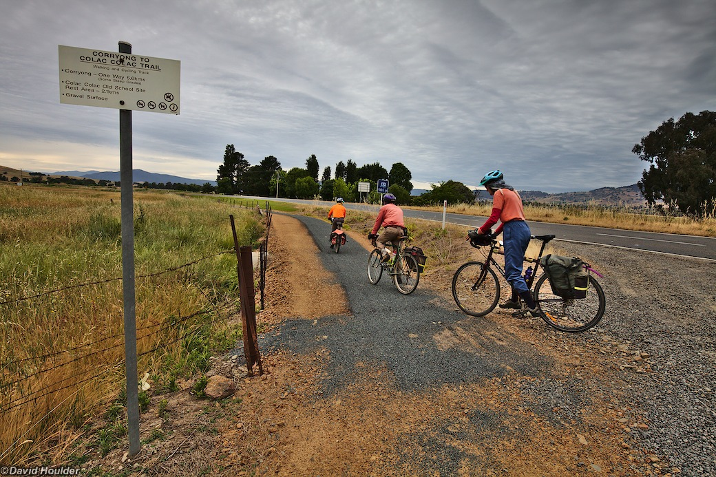 Cycle path to Corryong